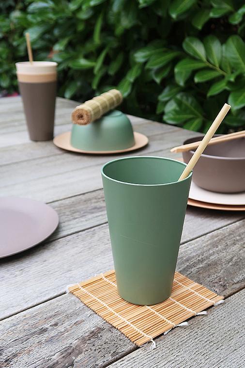 Zuperzozial Reload-Cup bekers groen buiten