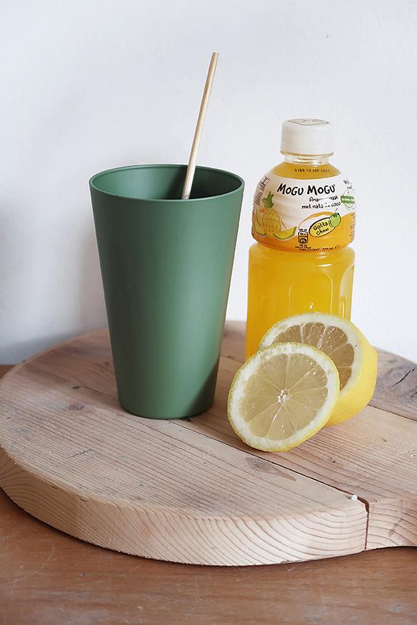 Zuperzozial Reload-Cup bekers groen tafel